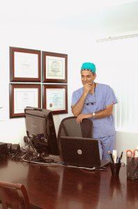 Parsa Mohebi MD prepares for his upcoming Hair Restoration Webinar Series